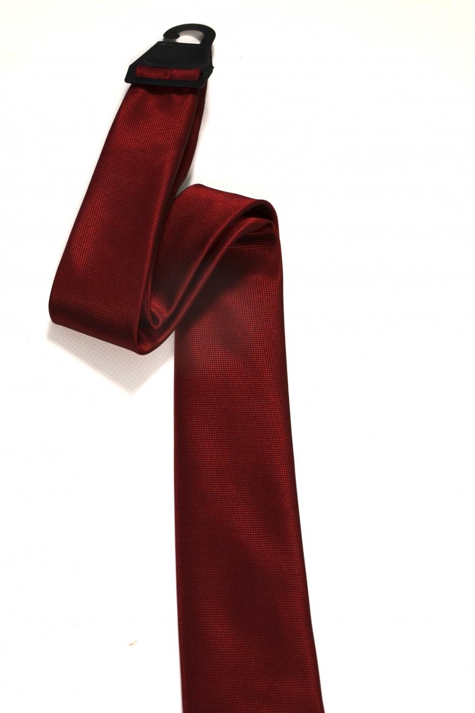 Тёмно-алый мужской галстук в мелкую клетку