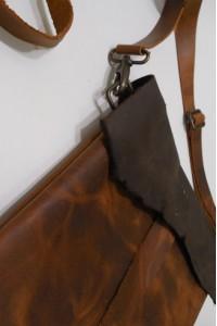 Коричневая кожаная сумка-планшетка ручной работы А-108