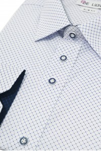 Белая мужская рубашка в голубой ромбик D48SF