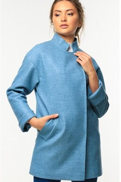 Голубое женское пальто