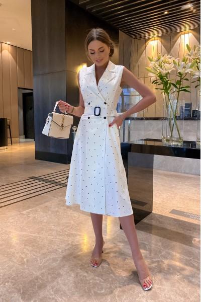 Белое платье в точку