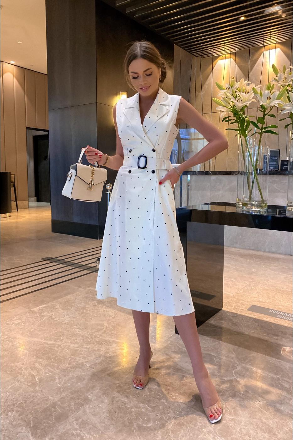 Белое женское летнее платье в мелкий синий горох