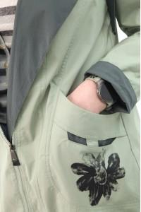 Куртка-ветровка жен 825840N01C ЦВ.25